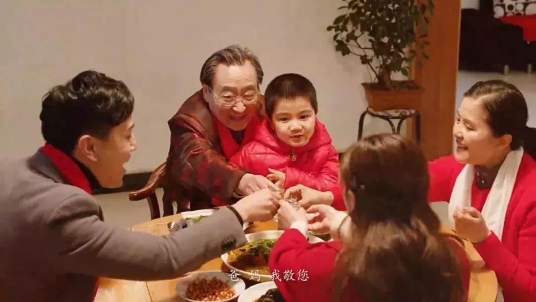 劝酒 为什么中国人一上桌就要喝酒?