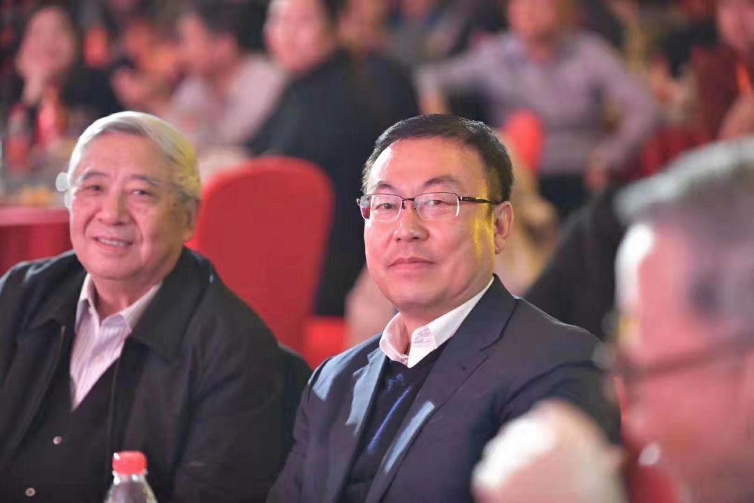 """西凤 官宣破60亿:""""正""""能量重振西凤,强复兴名酒归来"""