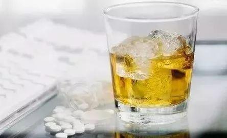 假酒,酒知识 警惕!白酒造假再升级,假酒饮后也不上头